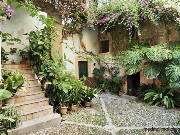 Casa senorial siglo XVI centro Palma medina mallorca 1