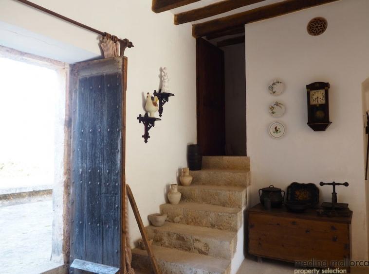 finca historia del siglo xix en Consell medina mallorca 8