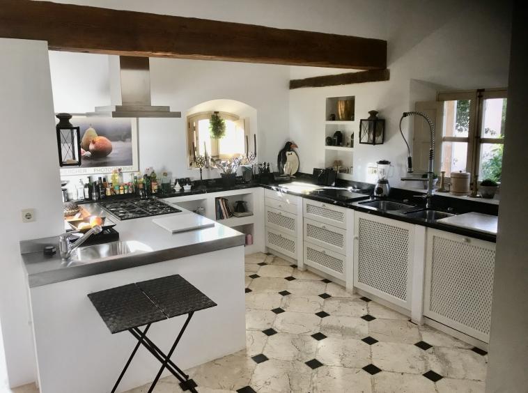 9 Küche 2